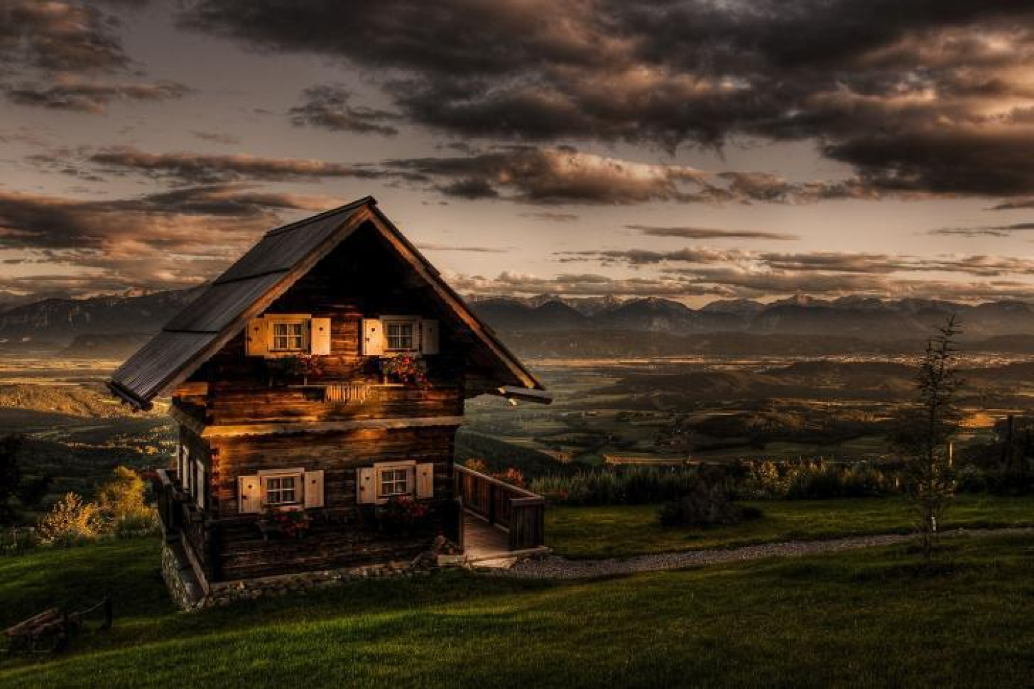 Cozy Cabin On The Plains Romantic Cottage Cottage Wallpaper Scenery Wallpaper