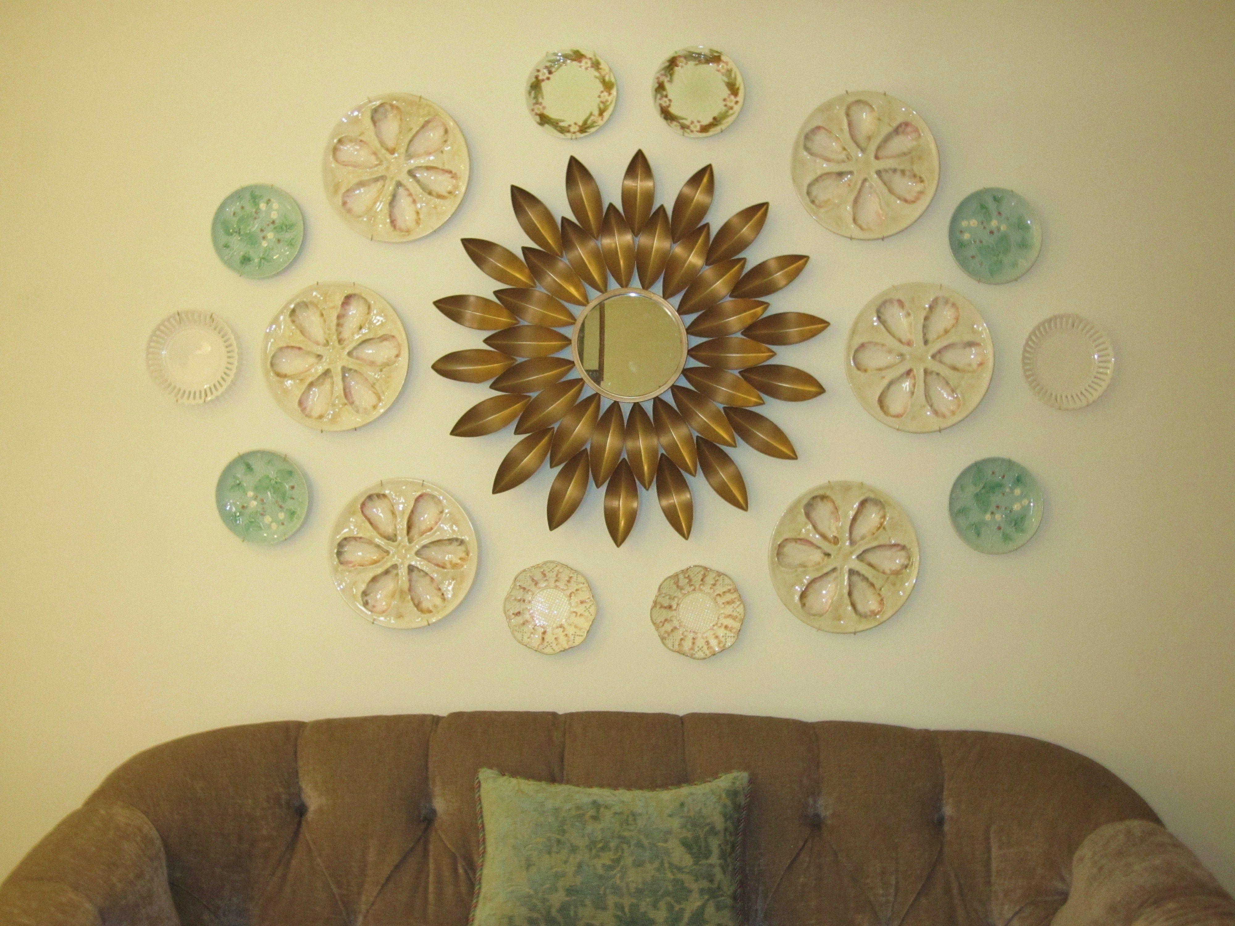 bellissimoandbella.blogspot.com plate arrangement, sunburst mirror ...