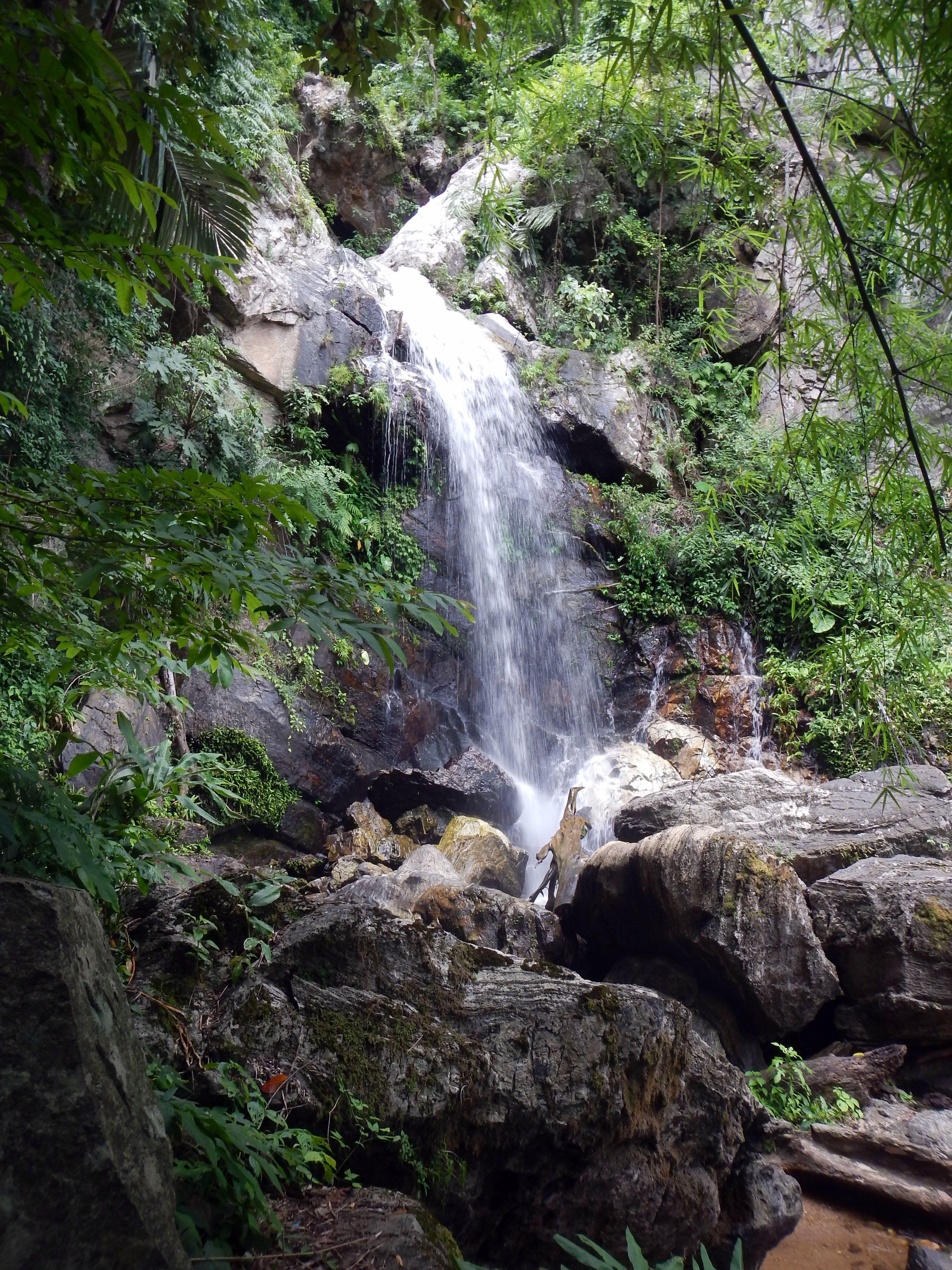 Tre Sua waterfall.