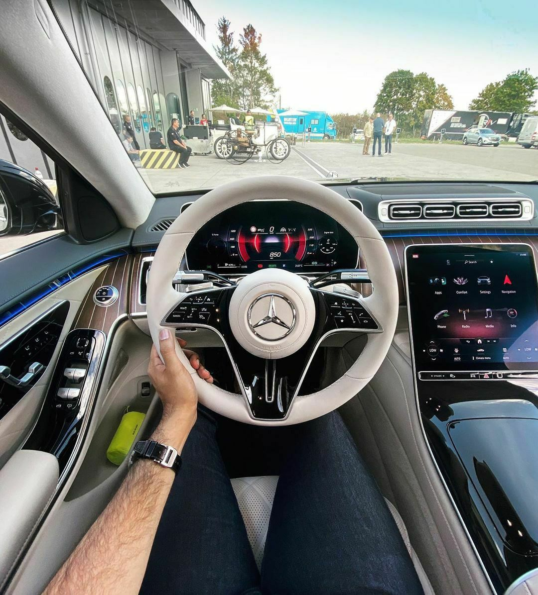 Do You Like New S Class Cockpit Mercedes Benz Maybach New Cars Super Cars