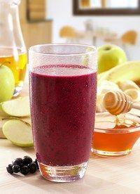 Svartvinbärs- och äppelsmoothie