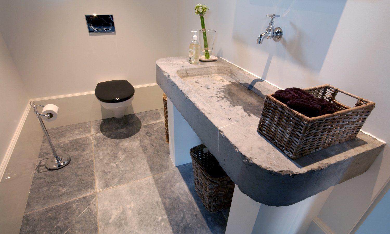 Natuursteen tegels in de badkamer nibo stone ideeen pinterest