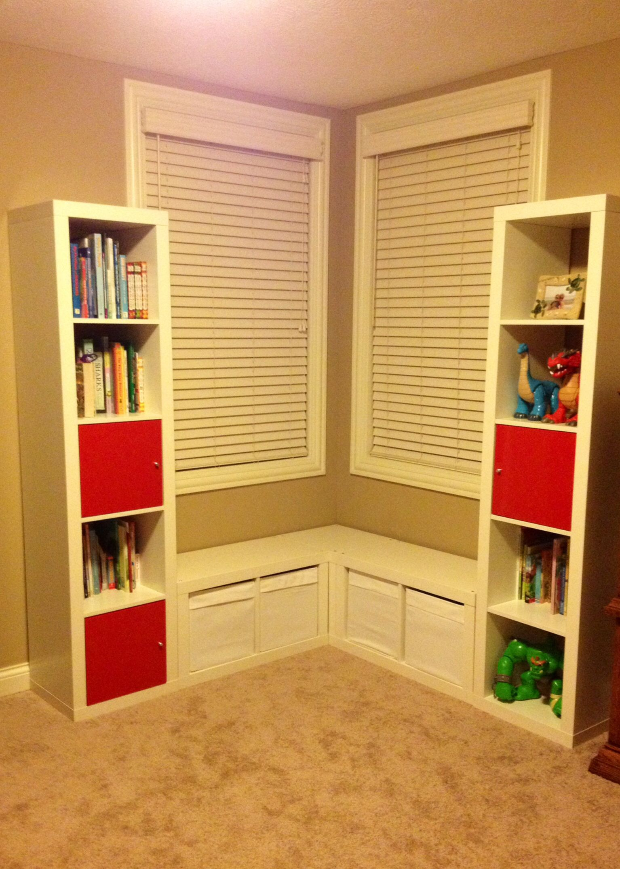 Organizing kids room: book shelves. Kids love little places where ...