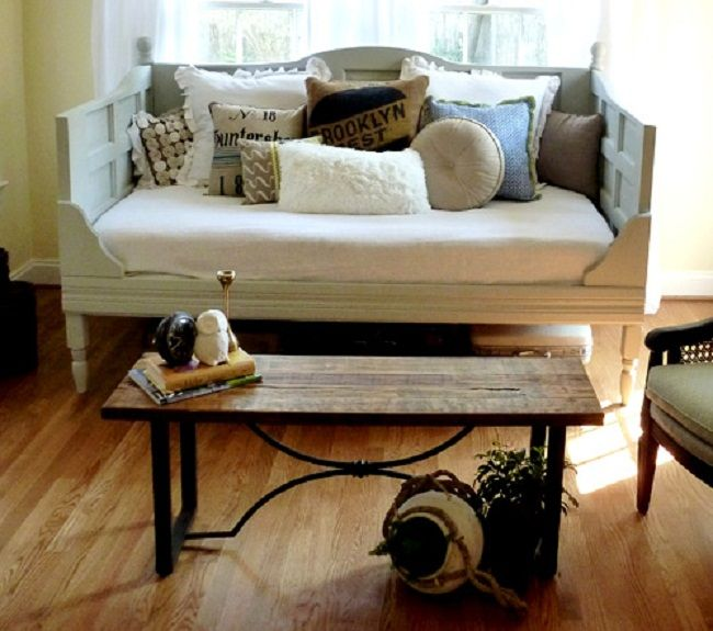 17 best images about daybed couches ect on pinterest day bed diy daybed and iron bed frames