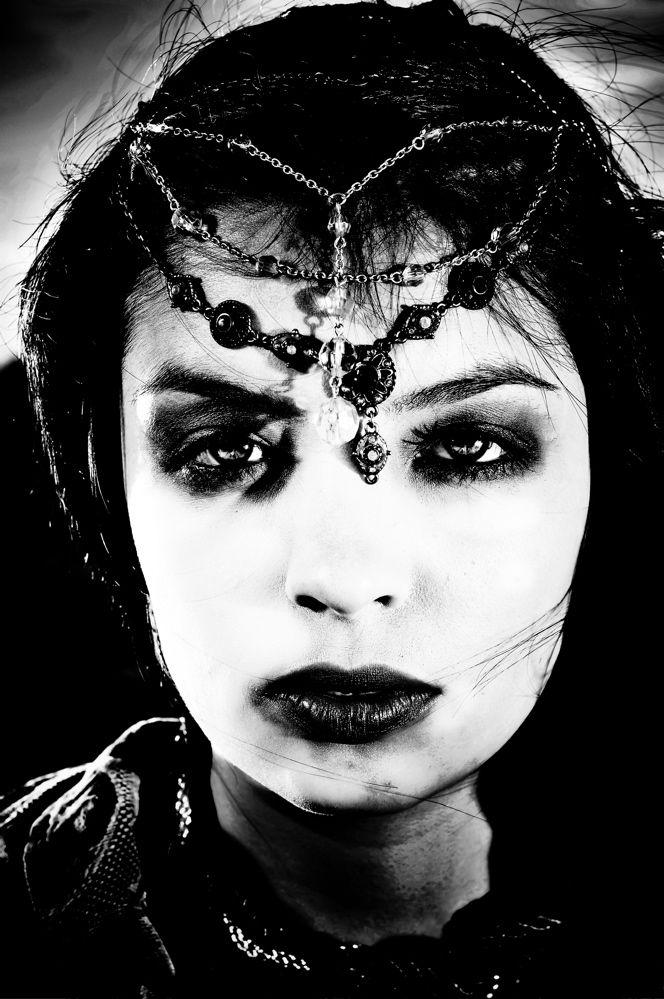 Black & White Photography, Bohemian, Vagabond, Gypsy, Girl, Art Nouveau, Mucha