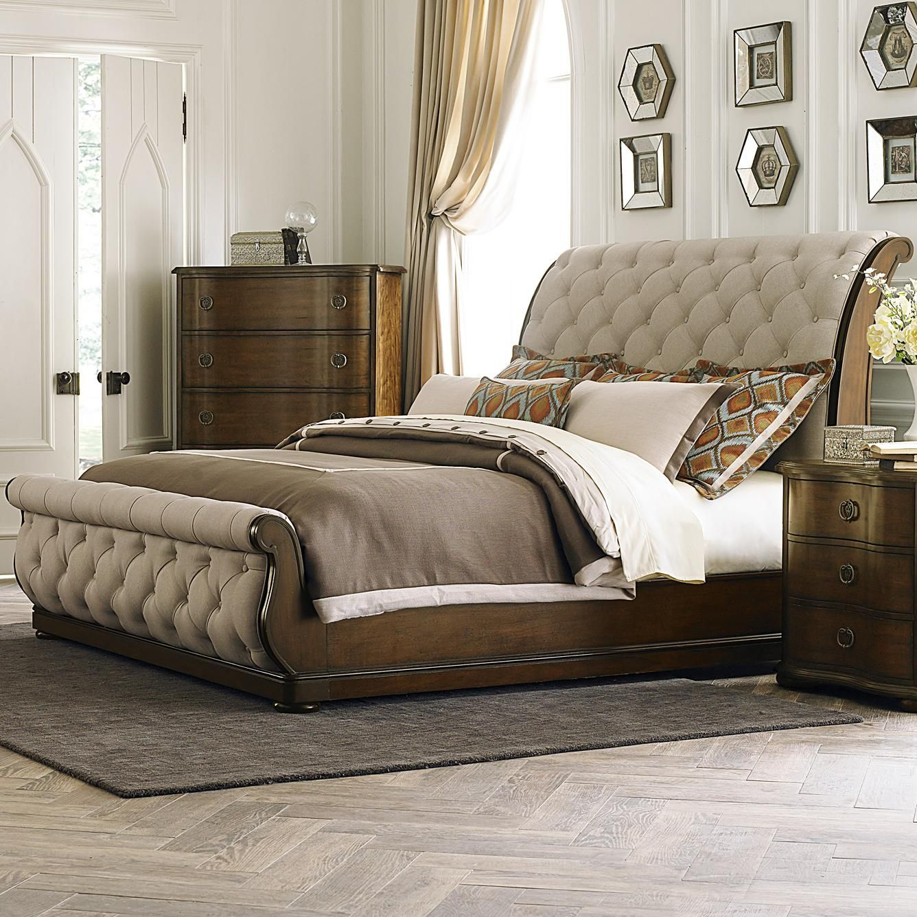 Cotswold Transitional Upholstered King Sleigh Bed By Liberty Furniture At Royal Furniture In 2020 Sleigh Bedroom Set Liberty Furniture Bedroom Furniture Sets