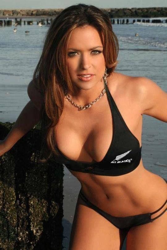 Ms usa nude pics