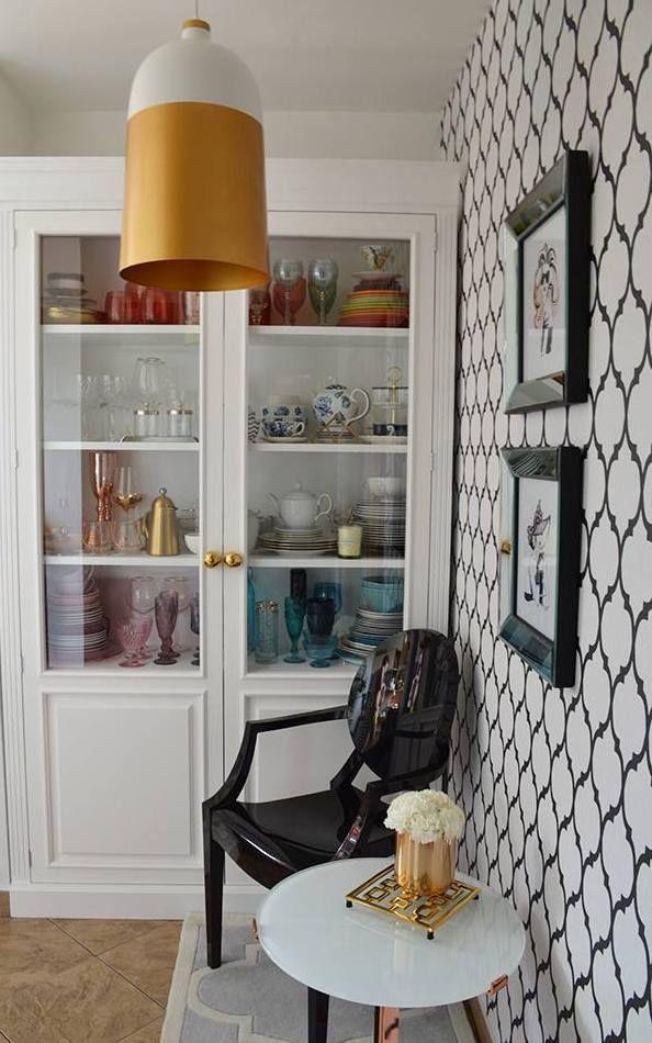 Biala Witrynka Mieszkanie Zoyka Home Zlote Dodatki Home Decor Home Decor