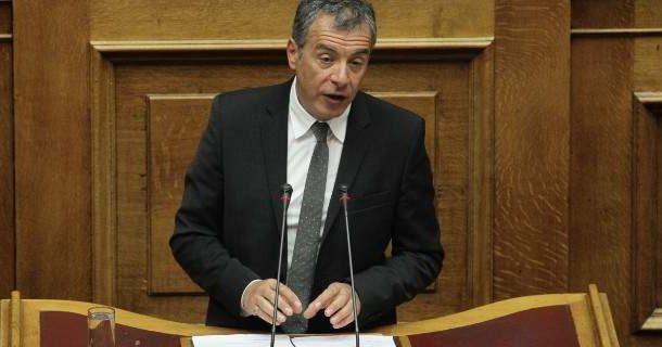 Θεοδωράκης: Να μην φοβηθούμε να αλλάξουμε ό,τι επιβάλλεται