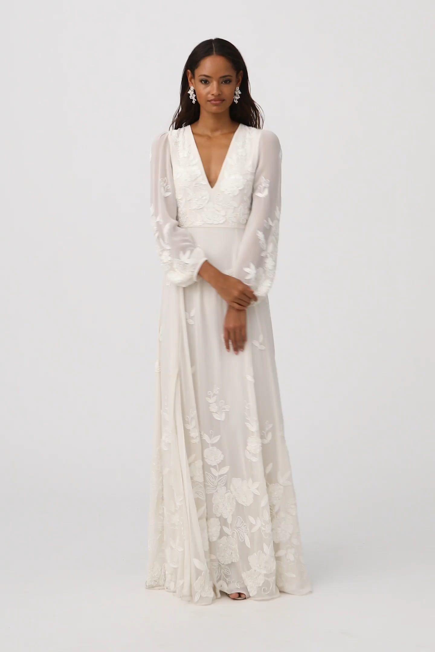 Nassau Gown  Ältere braut, Hochzeitskleid, Braut