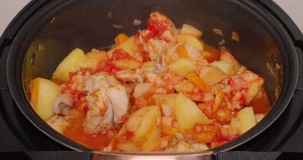 Готовим в мультиварке: жаркое из курицы с картофелем | Еда ...