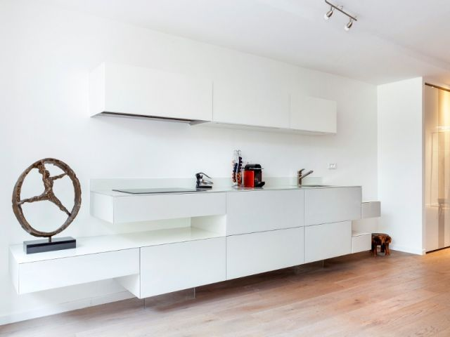 Une cuisine a rienne fondue dans le d cor discret for Salon discret