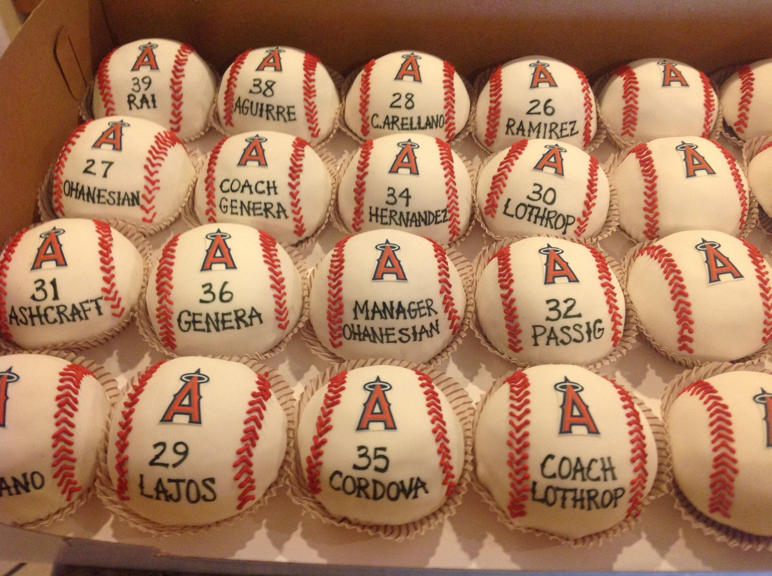los angeles angels baseball deluxe party pack want for my