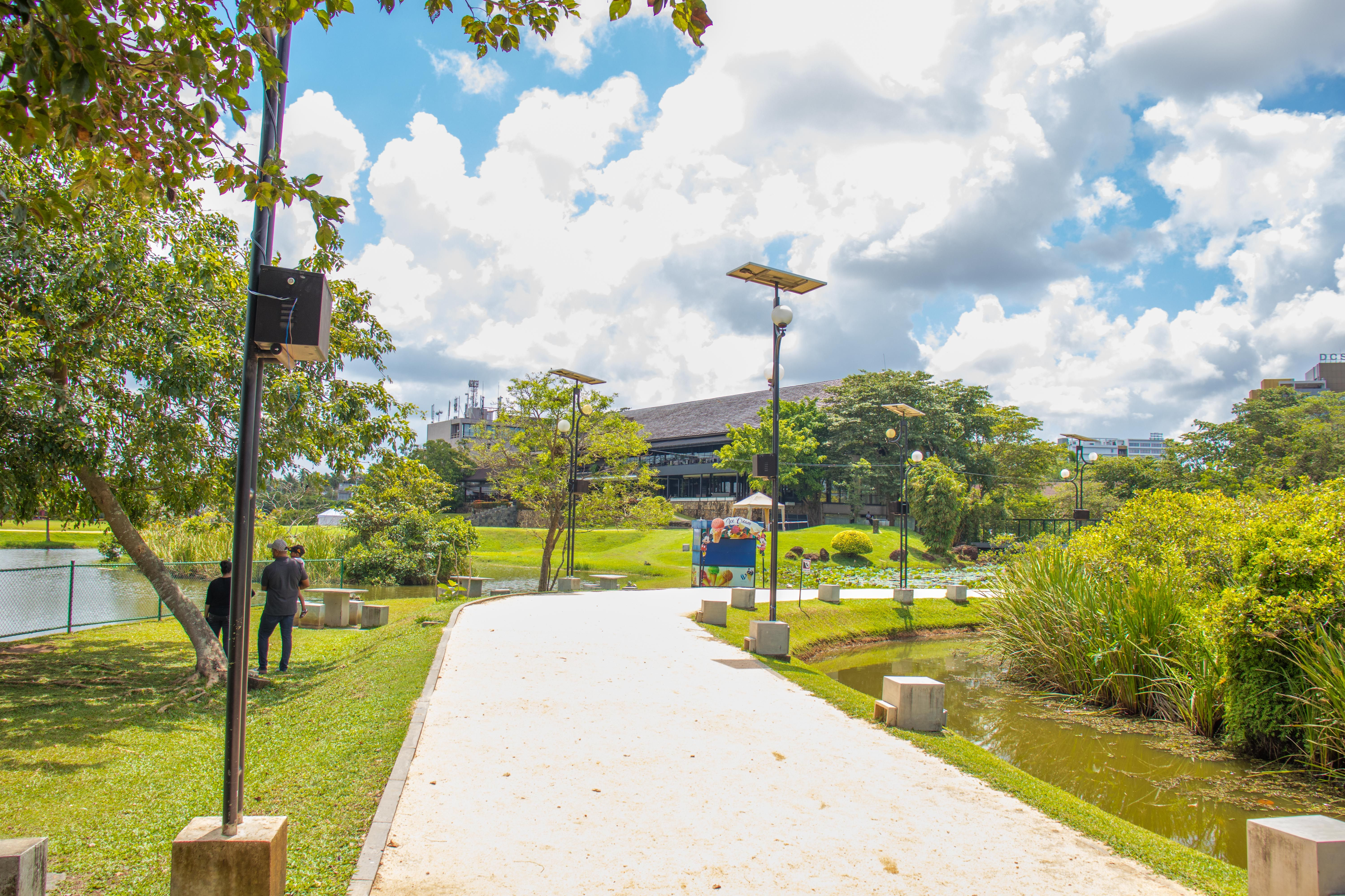 Diyatha Uyana Is A Located At Polduwa Junction Battaramulla Near The Waters Edge Hotel The Park Has Been Cons Western Province Southern Province Northwestern