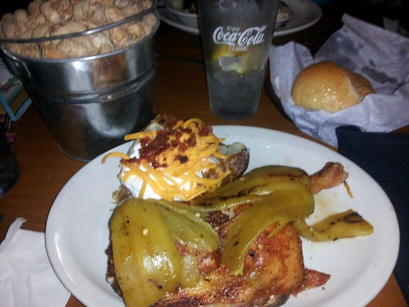 Roasted Chicken With Hatch Green Chili Texas Roadhouse Las Cruces New Mexico Hatch Chili Recipes Hatch Green Chili Hatch Chili