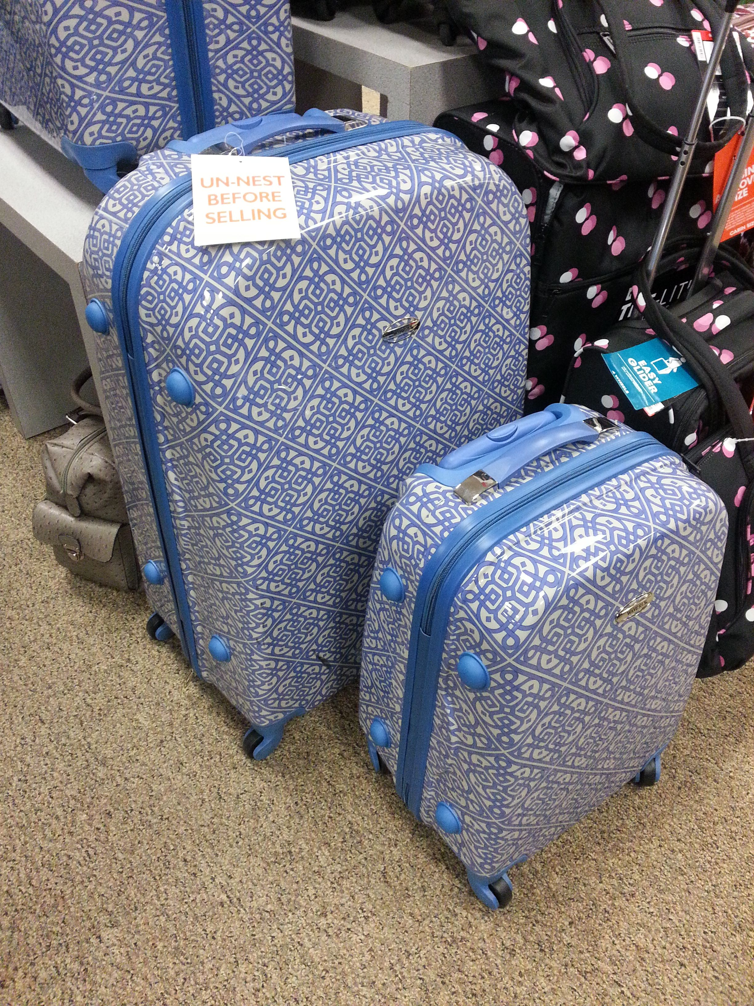 I saw this lugggage at Steinmart and really like it!