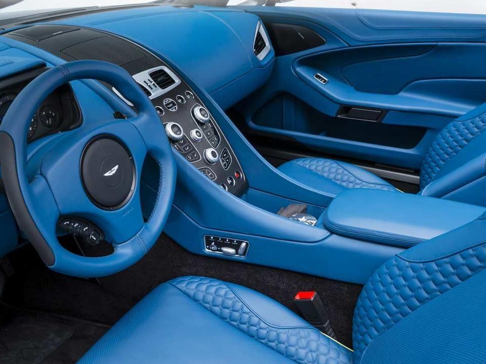 image result for blue leather car seats camper van interiors t5 pinterest van interior. Black Bedroom Furniture Sets. Home Design Ideas