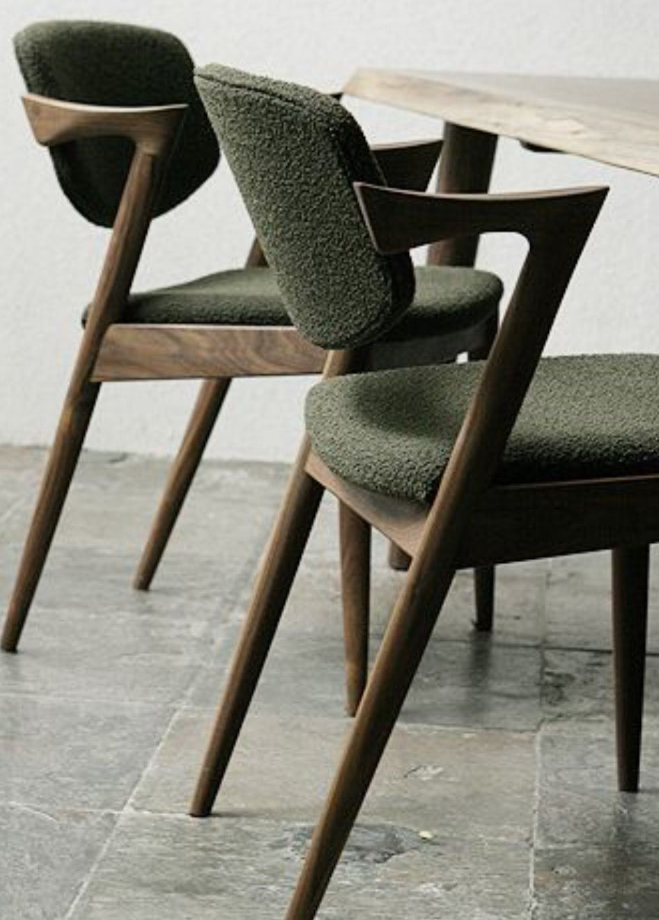Obviously You Are Not Only Looking For Amazing Dining Chairs But Also Comfy Ones Check Out This Idea To Inspi Furniture Design Modern Furniture Dining Chairs