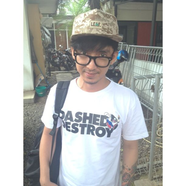 @ayimahardhika goin' dashed & destroy with LEAF Digital Desert Snapback..