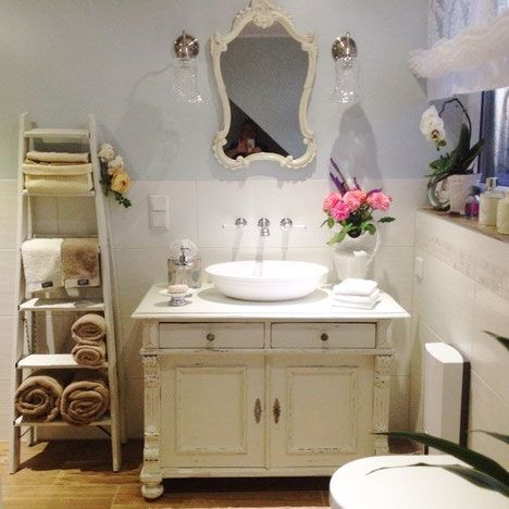 Badm bel landhaus waschtisch antik bathroom ideas pinterest shabby junk chic cottage and - Vintage waschtisch ...