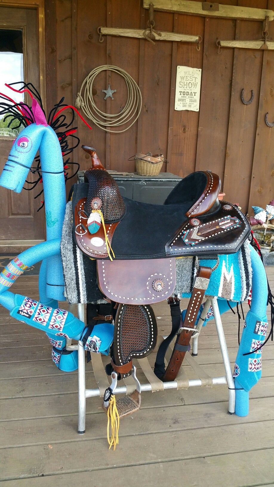 Pool Noodle War Pony Horse Tack Horse Show Clothes Roping Horse
