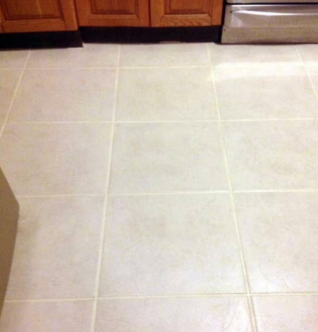 Nettoyer Joint De Carrelage les joints du plancher sont tout noirs? essayez l'un de ces