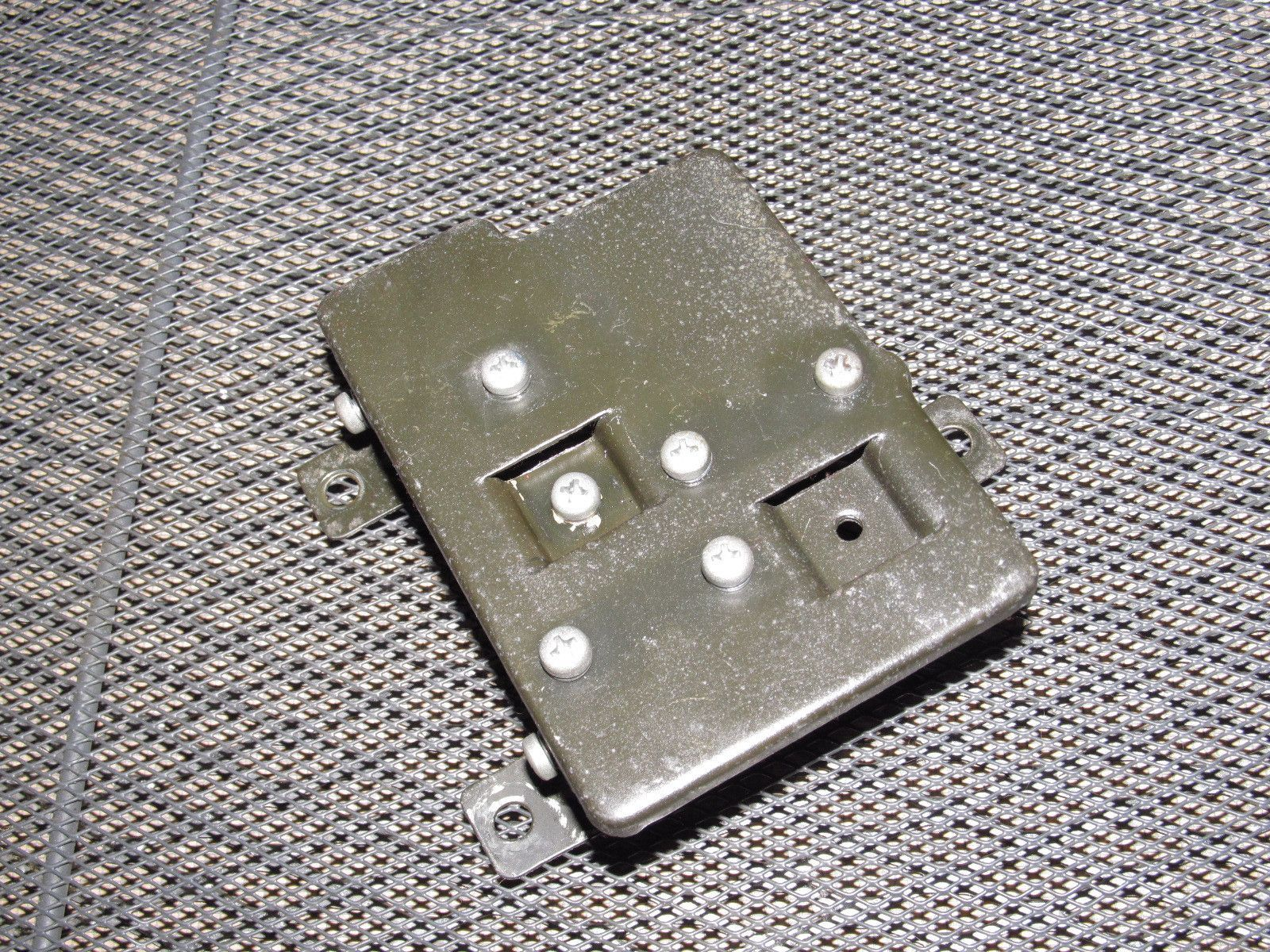 medium resolution of 72 73 datsun 240z oem relay fuse box bracket right