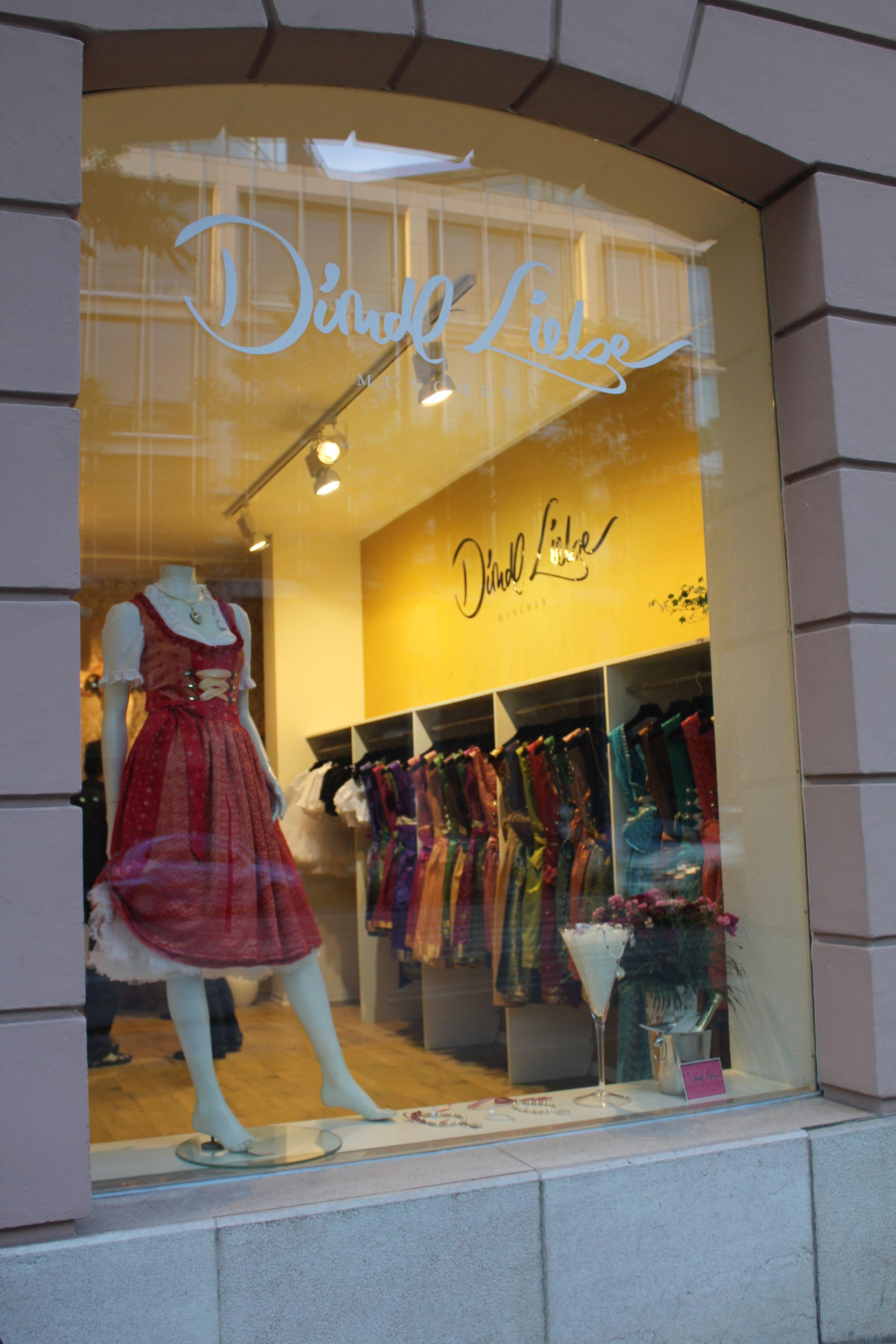 the store window of Dirndl Liebe - Brienner Straße 54 München