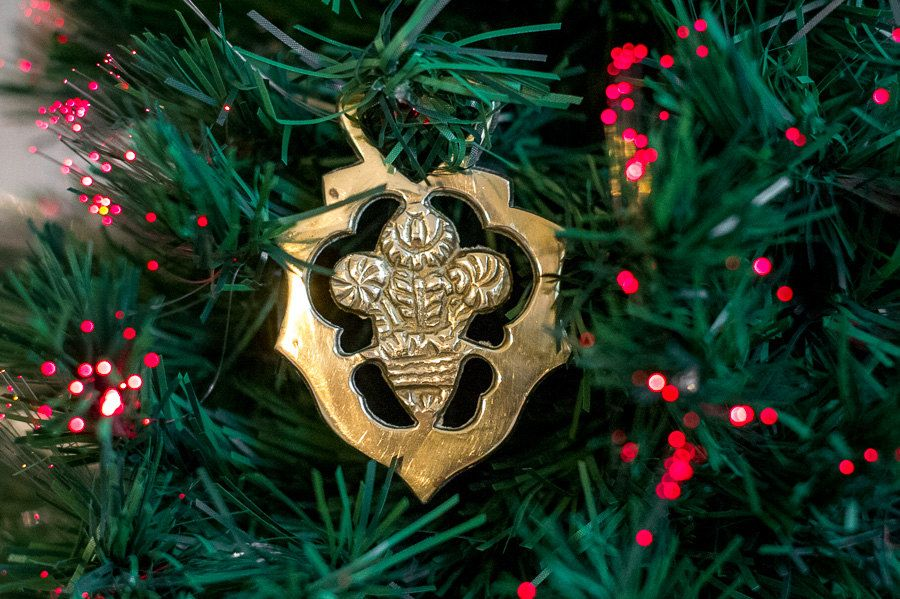 prince of wales feather horse brass christmas tree decoration equestrian gift - Horse Christmas Decorations Uk