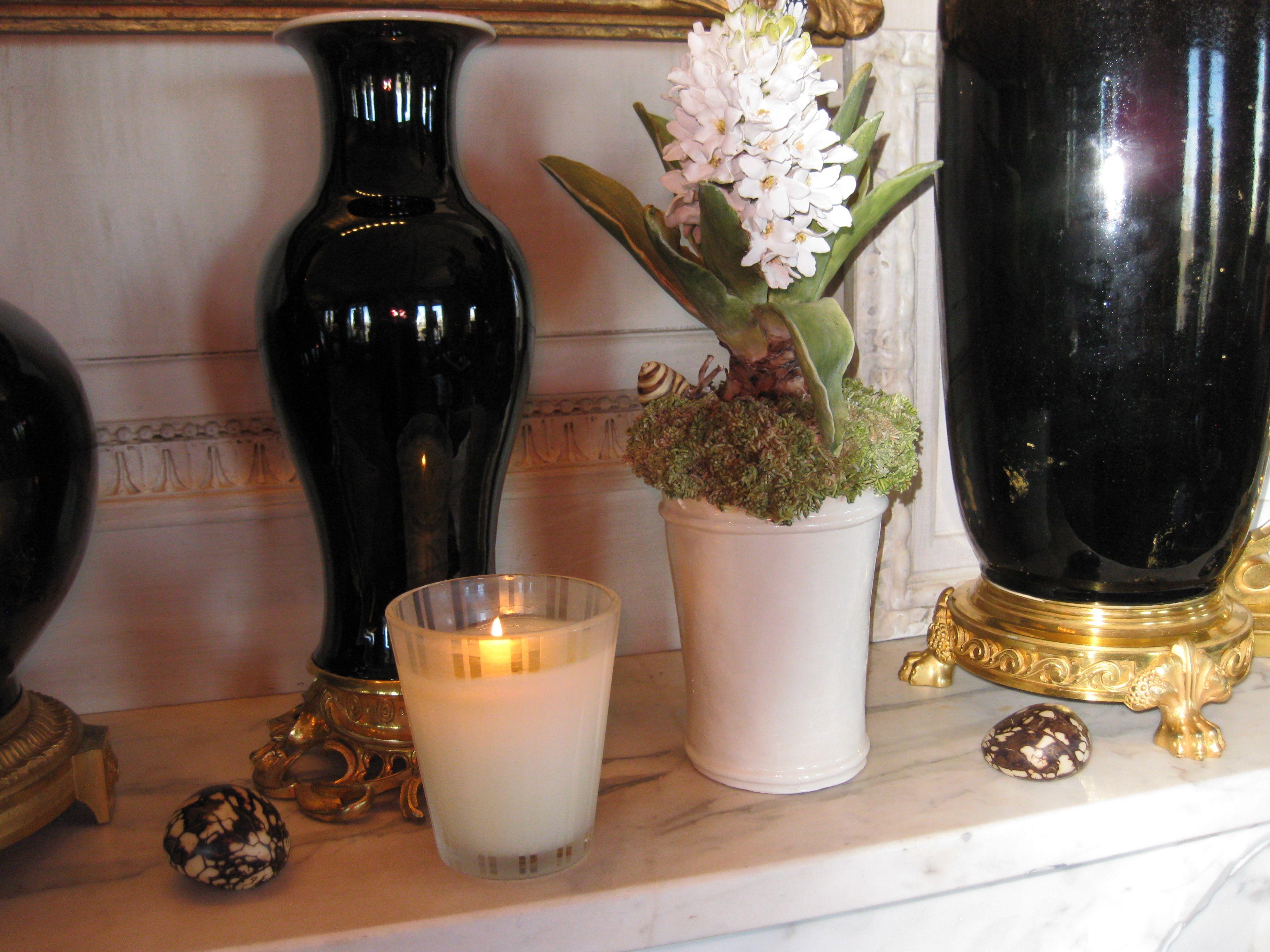 Hyacinth By Ceramic Artist Clare Potter In New York Living Room Of Interior Designer Howard Slatkin