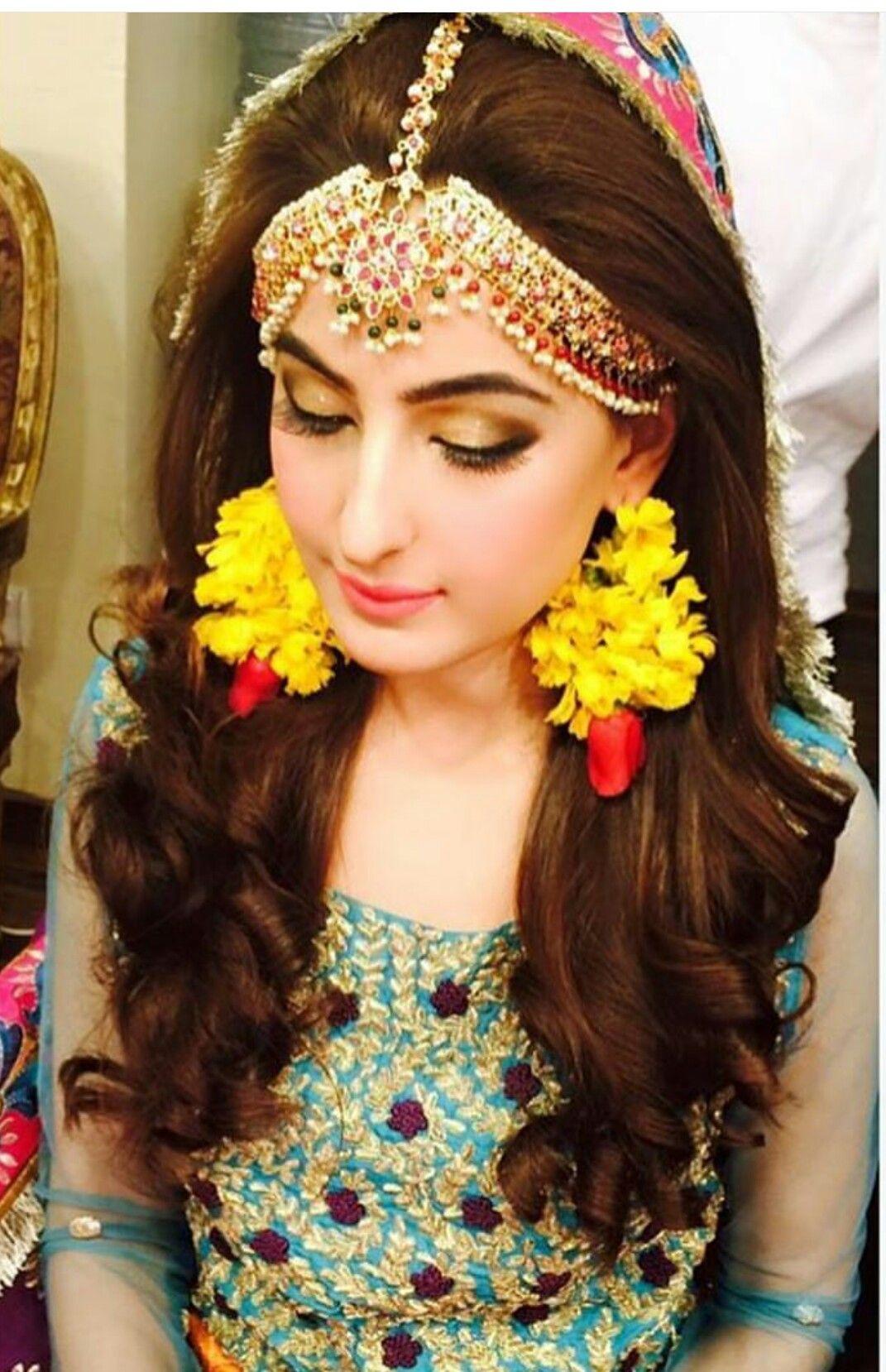 Mehndi Bridal Makeup Games : Full thick matha patti jewellery pinterest mehndi