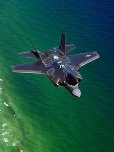 F-35. http://www.pinterest.com/jr88rules/war-birds/  #Warbirds