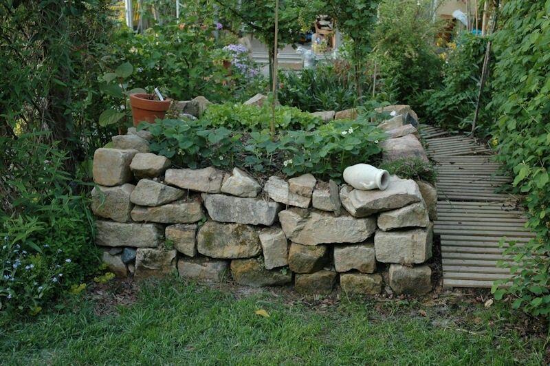 Hochbeet Mal Anders Trockenmauer Eine Alternative Hochbeet Trockenmauer Mauer