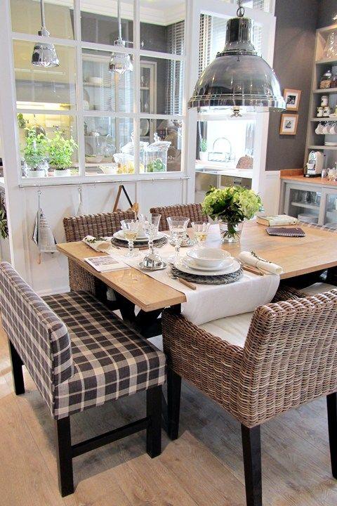 Verrière Une Idée Déco Très Chic Pour Aménager Sa Cuisine Www - Tres grande table pour idees de deco de cuisine