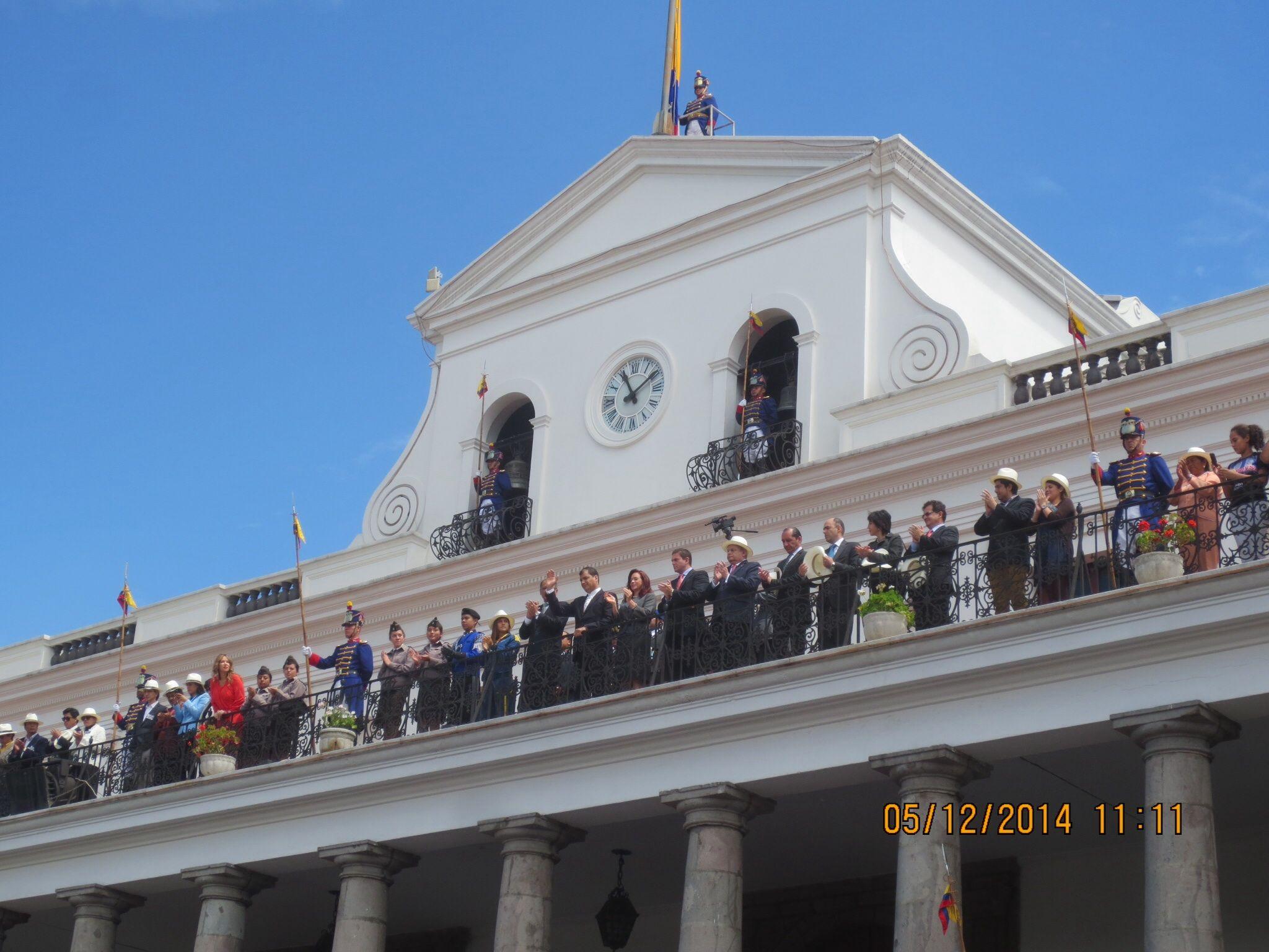 Palacio Nacional, Quito Cambio de guardia