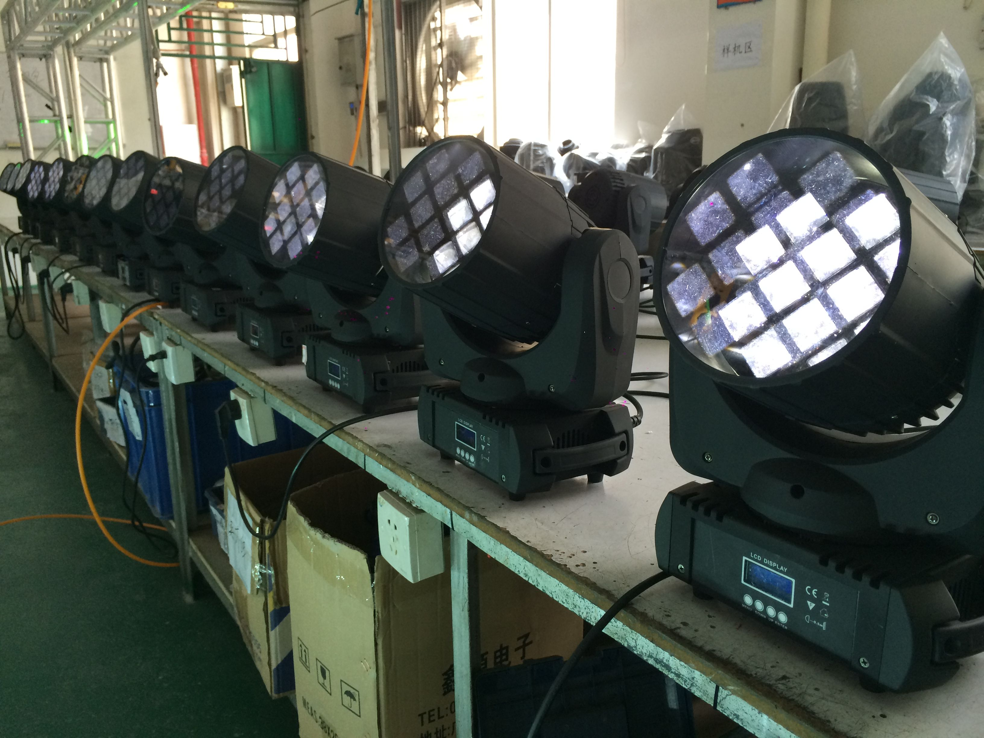 12pcs Rgbw 4 In 1 10w Cree Led Moving Head Light Https Www Facebook Com Wavelighting1 Cree Led Cree Headlights
