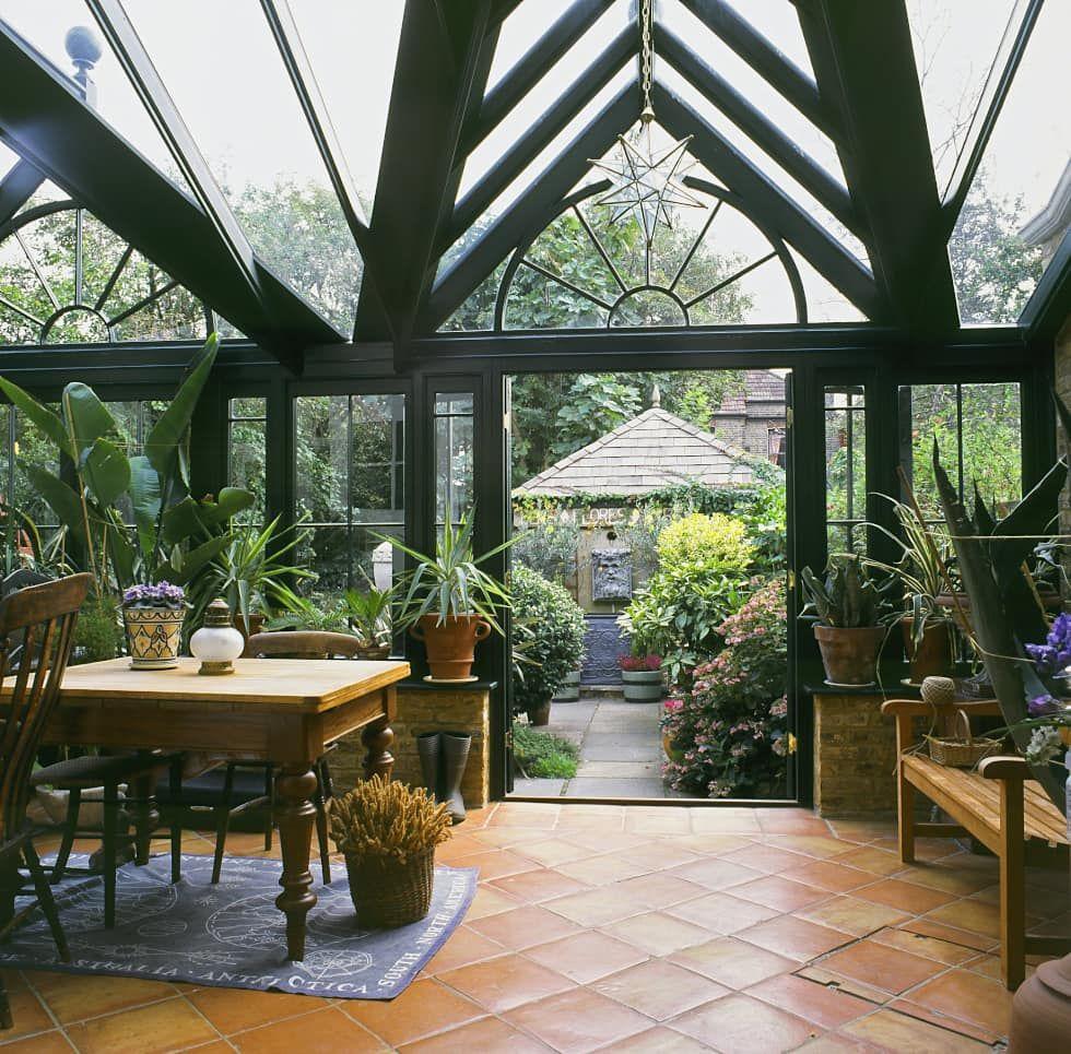 Westbury Garden Rooms: 温室、サンルーム、屋根付きパティオ