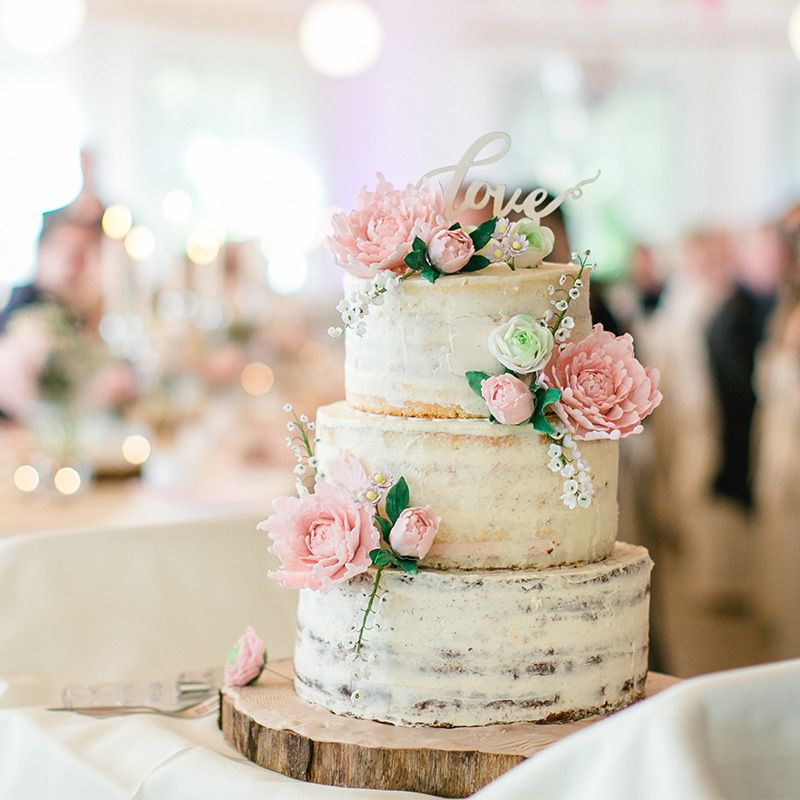 Rustic Wedding Cake With Pine Cones By Ellie Ellie S Elegant