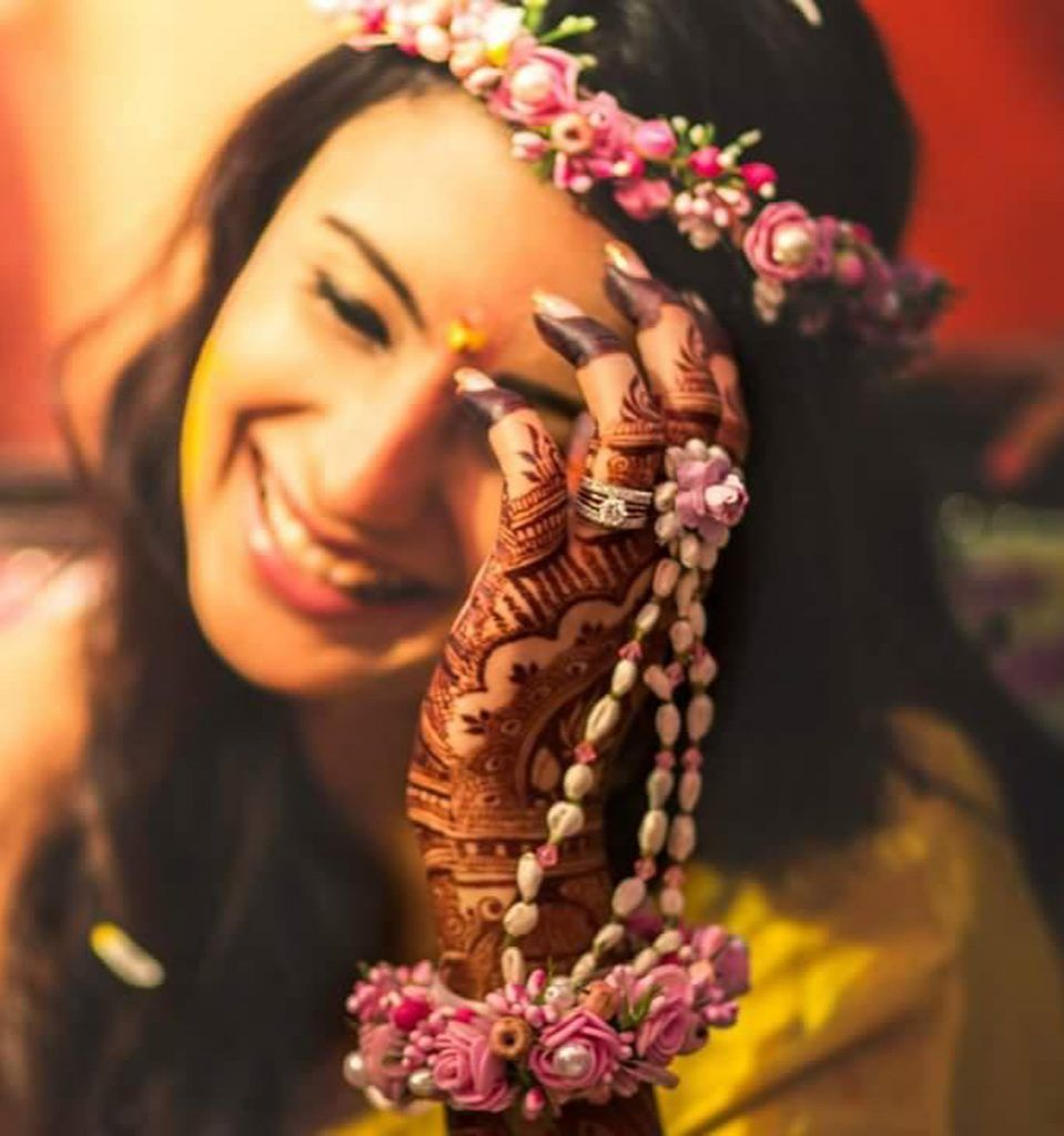 Mrs Jyoti Vinod Malu Sangli Ho Flower Jewellery Manufacturers In Sangli Justdial