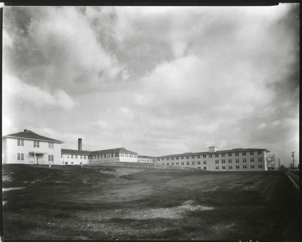 Exterior of Oak Ridge Hospital  (1944) | Manhattan Project