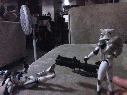 Star warsClone vs clone