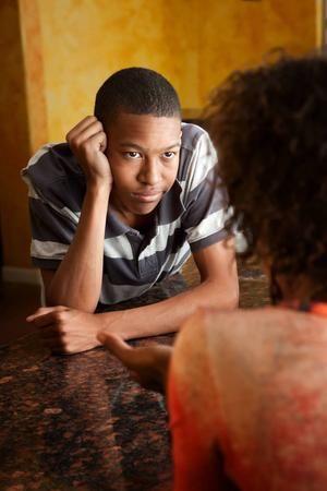 Dicas para conversas com filhso adolescentes