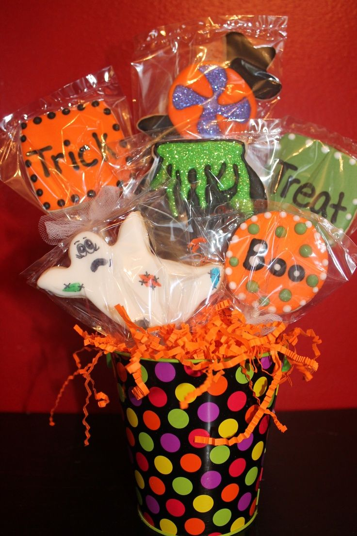 Halloween Cookie Gift Basket | Gift Basket Ideas | Pinterest ...