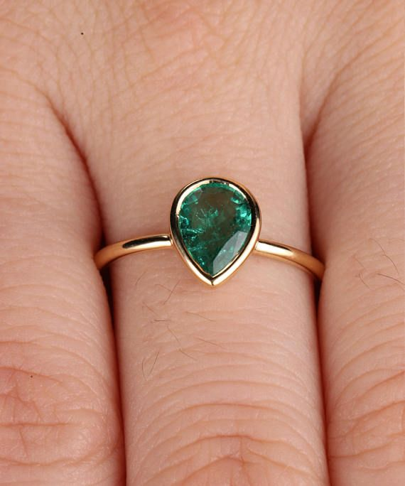 Natural Emerald Ring  925 Sterling Silver Ring  Pear Gemstone Ring  Stylish Women/'s Ring  Wedding Ring  Engagement Ring  Promise Ring