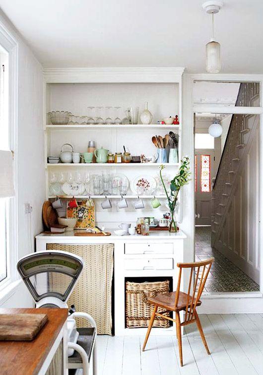 Mid Century Modern Meets Victorian Kitchen Decor Via Mi Casa / Sfgirlbybay