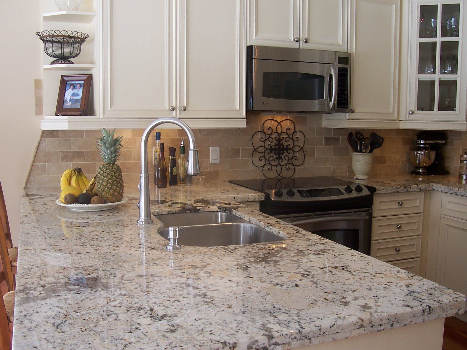 White Kitchen Granite Countertops Crema Pearl Granite Countertops Kitchen Pinterest Kitchen