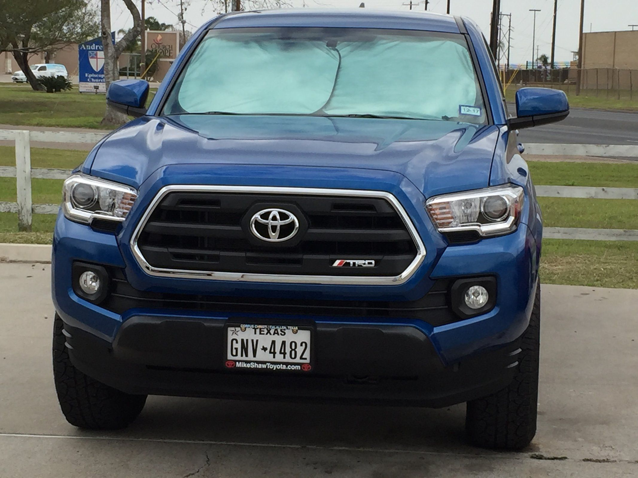 Sr5 Grill With Trd Logo On 2016 Toyota Tacoma