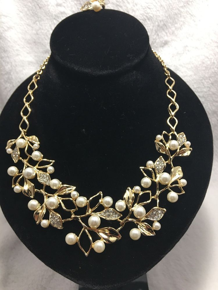 Bridal crystal and pearl leaf necklace set in plated gold