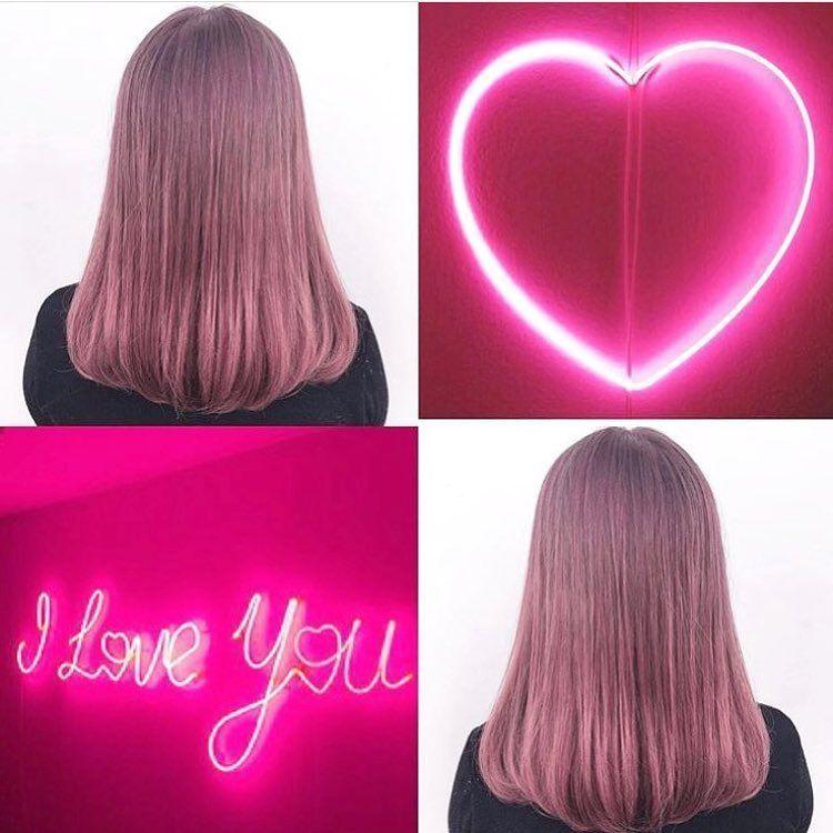 Shiori ハイトーンヘアスタイル ピンクアッシュ ハイライト
