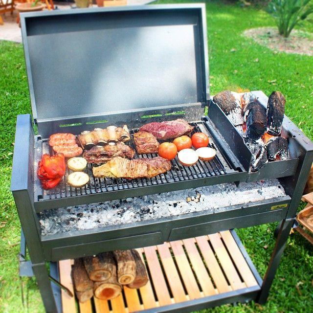 Para hacer asados para 5 20 personas recomendamos la - Parrillas para asar carne ...